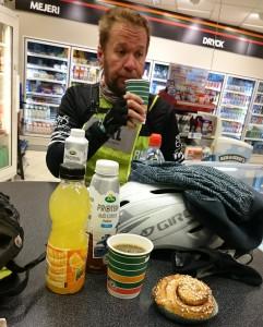 Frukost på Shell i Bålsta
